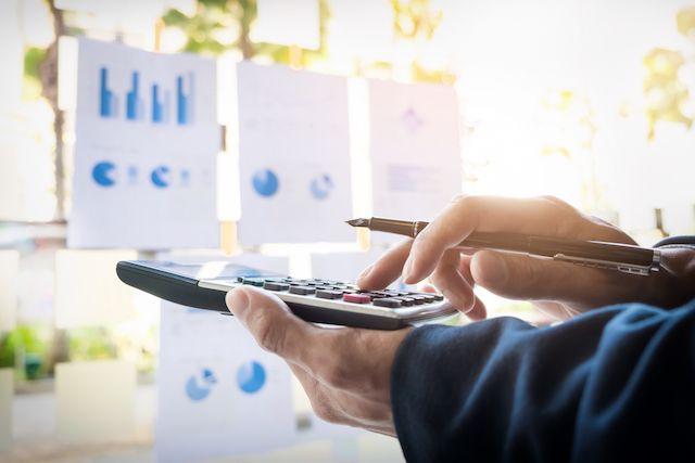 Factoring o anticipo de facturas ¿Cuál es la mejor opción para tu negocio?