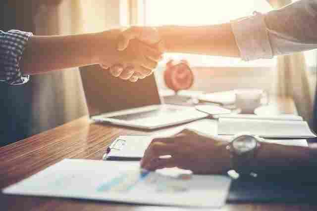 El confirming en Finanzarel y su ventajas para las pymes